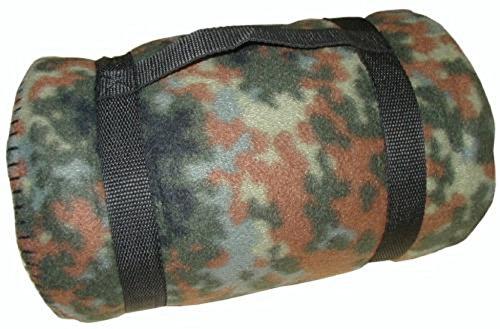 Commando Industries Kuschlige Flauschige Army Style Picknick Decke Outdoordecke 140 * 190cm (Flecktarn)