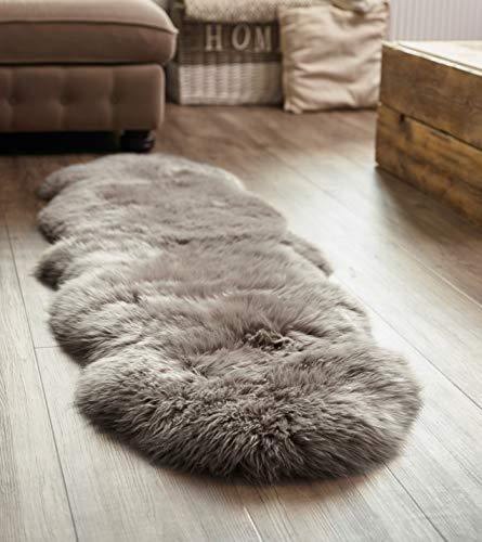 Yukon International großer Schafffell Teppich, 180cm x 55cm ca., grau, echte Schafwolle, ökologischer Herstellung, Bettvorleger, Wohnaccessoire