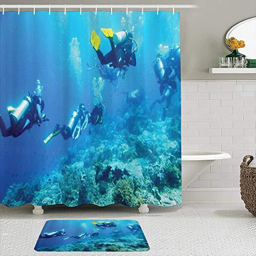 vhg8dweh Duschvorhang Sets mit rutschfesten Teppichen,Taucher im Ozean mit Steinen Felsen Fischmoos und Blasen Kunstfoto, Badematte + Duschvorhang mit 12 Haken