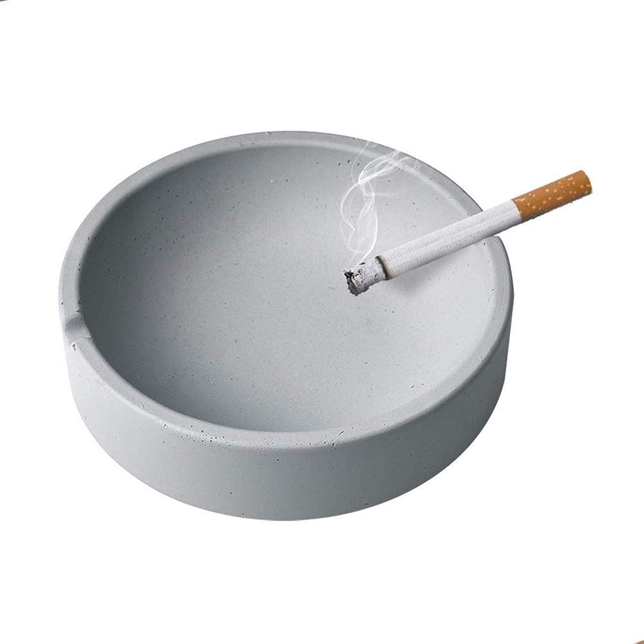 スイッチくるみお酒屋内または屋外での使用のためのタバコの灰皿、喫煙者のための灰ホルダー、ホームオフィスの装飾のためのデスクトップの喫煙灰皿