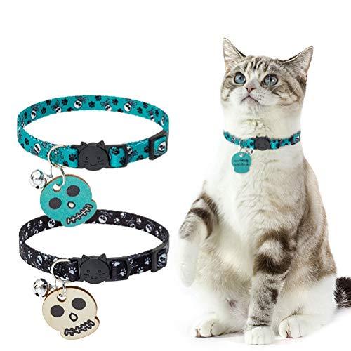 PUPTECK Breakaway Katzenhalsband mit Glöckchen – 2 Stück personalisierbare Totenkopfmuster Halsbänder mit Holzanhänger für Kätzchen, Kätzchen, grün und schwarz