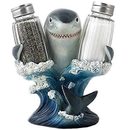 shark salt and pepper shaker image