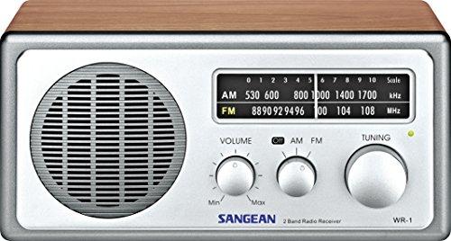 Sangean WR-1 Desktop-Radio (UKW/MW-Tuner, AUX-In) walnuss/Silber