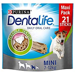Mouth-friendly chew for your dog's dental health: suitable for daily teeth cleaning and oral hygiene Thorough dental care thanks to the innovative texture with rough surface, cleans even the hard to reach molars Scientifically proven: Purina DentaLif...