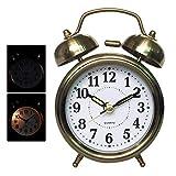 Fiyuer Reloj Despertador Vintage, Despertador Retro de Metal Mini con luz Nocturna y Alarma Progresiva despertadores analogicos Silencioso a Pilas Unidad de Cuarzo(Bronce)