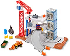 Real world inspired construction site! Knock the entire 3-story structure down with the crane and wrecking ball. Rebuild using the crane to move parts and put a new building up. Double-sided building panels allow kids to create buildings with dif...