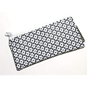 Kabeltasche/flaches Stiftmäppchen Stoff – BLÜMCHEN AUF GRAU – waschbar – auch für Kabel/Schminke/Make-Up/Kosmetik…