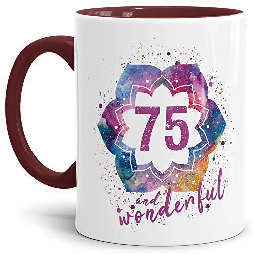 Tassendruck Geburtstags-Tasse 75 and Wonderful Geburtstags-Geschenk zum 75. Geburtstag als Geschenkidee für die Frau/Abstrakt/Bunt/Kaffeetasse/Innen & Henkel Weinrot