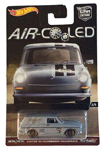 Hot Wheels 1:64 Scale Air-Cooled Car Culture Custom 69 Volkswagen Squareback 2/5