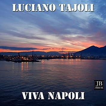 Luciano tajoli w Napoli medley: 'o surdato 'nnammurato / 'nu quarto 'e luna / Maria marì (oj marì) / Aggio perduto 'o suonno / Anema e core / 'o ciucciariello / Luna rossa / Me so' 'mbriacato 'e sole / Malafemmena / Chiove / Vierno / Scalinatella