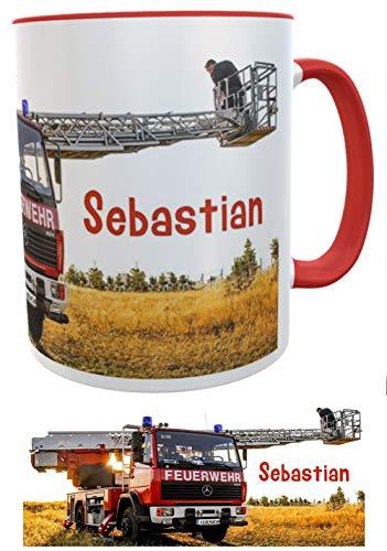 Feuerwehr-Kaffee-Tasse mit Wunschname, Namenstasse Feuerwehrauto im Einsatz Geburtstagsgeschenk Feuerwehrmann Kilala rot