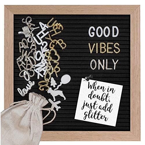 Gadgy ® Retro Fieltro Letter Board   con 340 Brillantes Letras de Oro y Plata   170 Letras Blancas, 100 Iconos   Soporte y Bolso   25x25 cm