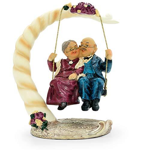 Aoneky Figura de Aniversario de Bodas - Figura de Pareja de Ancianos en Columpio, Decoración de 40/50/60/70 Aniversario de Bodas, Regalo Original para Padres Abuelos Ancianos, Estatua de Resina