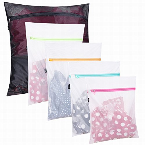 Set of 5 Mesh Laundry Bags-1 Extra Large, 2 Large & 2 Medium