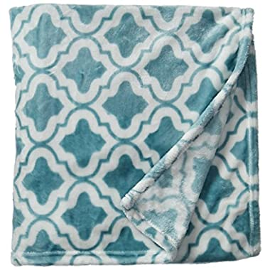 Brielle Quatrefoil Velvet Plush Heavy Fleece Throw, 50 by 60 inches, Blue
