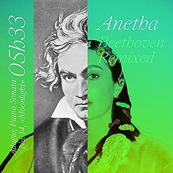 """05h33 (Adagio, Piano Sonata No. 14, """"Moonlight"""") - Beethoven Remixed"""