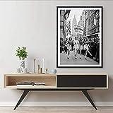N / A Stampe fotografiche d'Epoca degli Anni '40 Skate to Work Pattinaggio a rotelle Seconda Guerra Mondiale Poster in Tela Bianco e Nero Decorazioni per pareti in Metallo 60x80 cm Senza Cornice