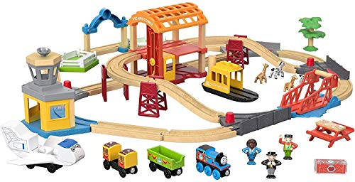 Thomas & Friends Wood Busy Island Set, Toy Train Set with 40+ Pieces, Including Track, 5 Characters, poseable Figures and 3 Destinations