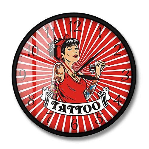Mujer tatuadora con Pistola de Tatuaje Reloj de Pared Rojo Tatuaje Arte de la Pared Decoración Salón Estudio Reloj de Pared silencioso Regalo para Artista del Tatuaje (Marco de Metal)