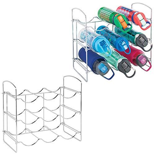 mDesign - Botellero de metal con soporte para botellas de agua y botellas, organizador de almacenamiento para encimeras de cocina,...