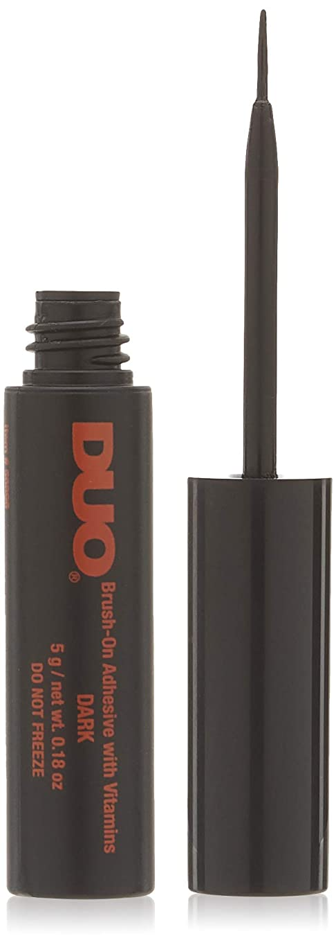 子供達豆腐ライオネルグリーンストリートDUO Brush On Striplash Adhesive Dark Tone (並行輸入品)