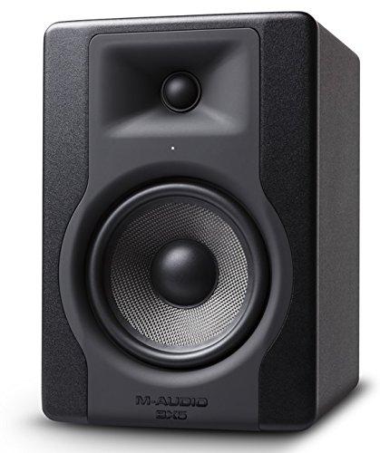 """M-Audio BX5 D3 - Monitor profesional de estudio bidireccional de 100 W con woofer de 5"""" para producción musical y mezcla, función Acoustic Space Control incorporado"""