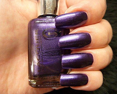 Cesars Vernis n° 21 (NIGHT LAVENDER violet foncé)