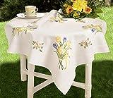 Kamaca - Set per ricamo a punto piatto, tovaglietta con motivo: fiori di primavera, ricamo tracciato in cotone con guida per il punto piatto