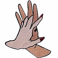 恋人の手手を携えて刺繍のバッジのアイロン付けまたは縫い付けるワッペン