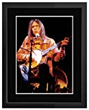 Gerahmtes Mini-Poster Neil Young Playing On Stage, 44 x 34