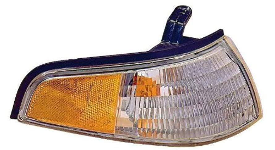 Depo 331-1528R-US Mercury Tracer Passenger Side Replacement Parking/Side Marker Lamp Unit without Bulb