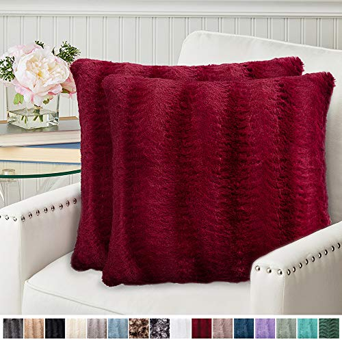 The Connecticut Home Company Original Faux Fur Pillowcases, Set of 2 Decorative Case Sets, Throw Pillow Covers, Luxury Soft Cases for Bedroom, Living Room, Sofa, Couch and Bed, 20x20 inch, Merlot