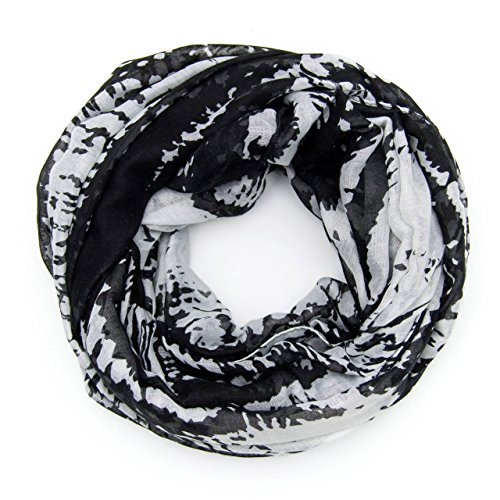 MANUMAR Loop-Schal für Damen | Hals-Tuch in schwarz beige mit Farbverlauf Motiv als perfektes Herbst Winter Accessoire | Schlauchschal | Damen-Schal | Rundschal | Geschenkidee für Frauen und Mädchen