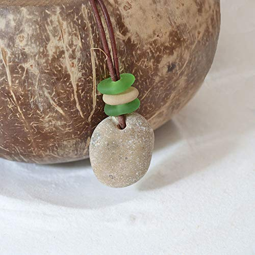 Halskette Hühnergott mit echtem Seeglas/Meerglas, Lederband, Glücksbringer