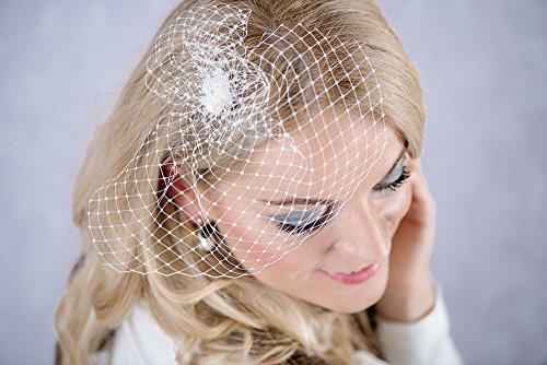 Braut Haarschmuck Wedding bridal styles Blüte Federn ivory Fascinator B32