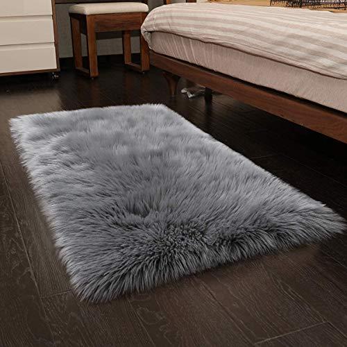 HEQUN Faux Lammfell Schaffell Teppich, Kunstfell Dekofell Lammfellimitat Teppich Longhair Fell Nachahmung Wolle Bettvorleger Sofa Matte (Grau, 75 X120 cm)