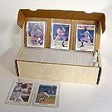 1990 Leaf Baseball Cards Complete Set of 528 Cards Including Rookie Cards of Frank Thomas, Sammy Sosa, Larry Walker