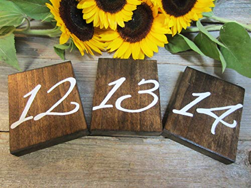 CELYCASY - Numéros de Table rustiques en Bois - Décoration de Mariage - Numéros de Table en Bois