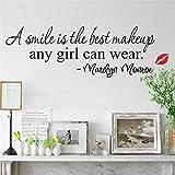 Una sonrisa es el mejor maquillaje pegatinas de pared Marilyn Monroe calcomanía cartel labios citas vinilo pared arte decoración del hogar