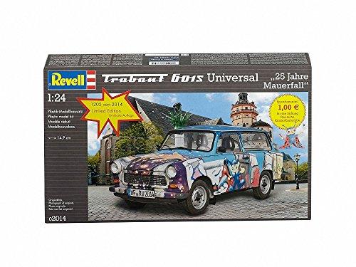 Revell 02014 - Modellbausatz - Trabant 601 Universal  25 Jahre im Maßstab 1:24