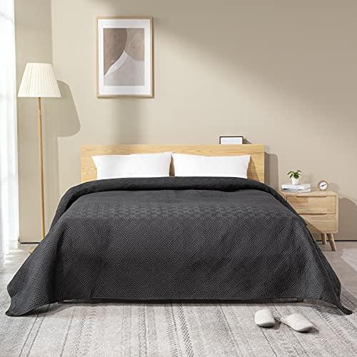 ATsense Tagesdecke 220x240 cm Dunkelgrau , Schlafzimmer Bettüberwurf mit Patchwork Genäht Design, aus Mikrofaser Komfort & Weich für Bett.