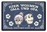 SwayShirt Hier wohnen Oma und Opa, Eltern Regeln enden hier Großeltern Geschenk Schutzmatte, 40x60 cm - Fußmatte -60x40cm-Dunkel-Blau