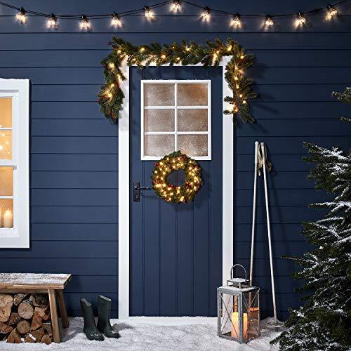 Lights4fun - Set di Ghirlanda e Festone Natalizio con Abete e Bacche Artificiale e Luci LED Bianco Caldo a Pile per Interni ed Esterni a Natale