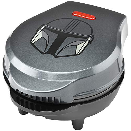 Star Wars LSW-46M The Mandalorian 4' Mini Waffle Maker, 4', Silver