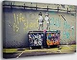 Banksy Graffiti Toile Art Décor Life is Short Tableau Street Art Impression sur Toile Tableau Décoration murale salon moderne Avec Cadre (Life is Short, 30x50cm(11.8x19.7inch))