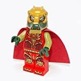 LEGO Chima Crominus with Cape, Fire Chi Minifigure
