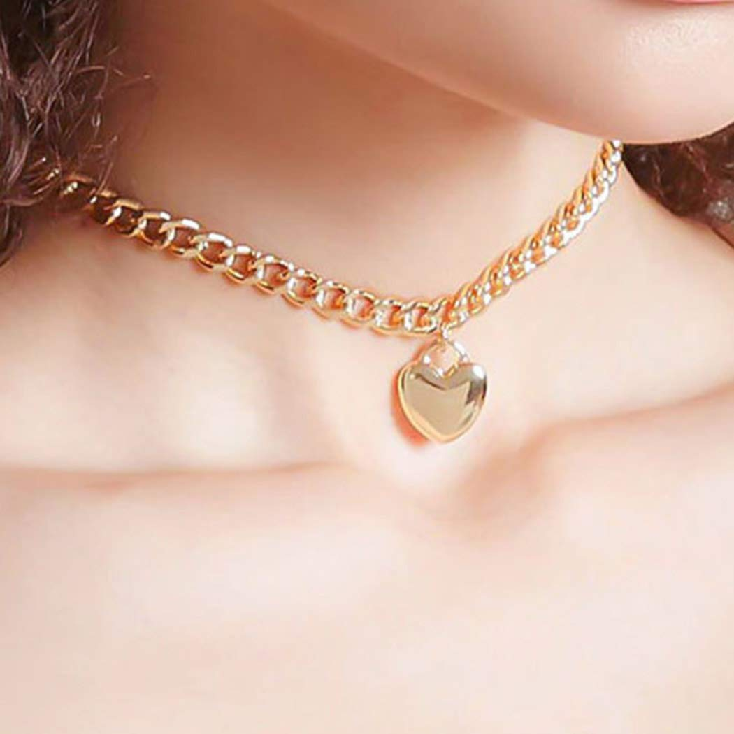 Ursumy Punk Choker Necklace Chain Chunky Love Chokers Heart Pendant Necklaces Jewelry for Women and Girls (Gold)