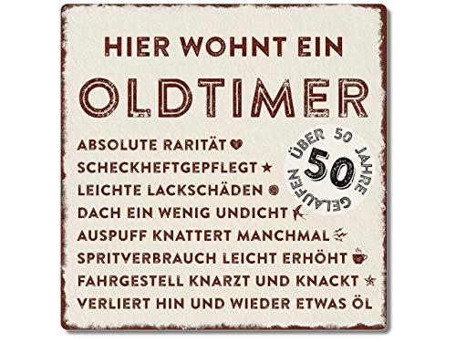 Interluxe Metallschild 20x20cm -Hier wohnt EIN Oldtimer 50 - wetterfestes Schild zum 50. Geburtstag Geschenkidee für Papa, Opa, Freund, Kollege oder Nachbar