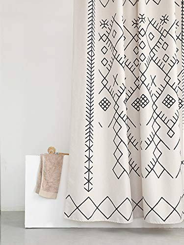 YoKii Boho Moroccan Fabric Shower Curtain, Tribal Beige Geometric Trellis Polyester Bath Curtain Set, Decorative Spa Hotel Heavy Weighted 72-Inch Bathroom Curtains, (72 x 72, Beige)
