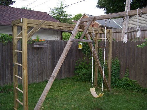 How To Build Monkey Bars (On The Cheap)